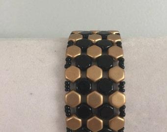 Gold and  Black honeycomb beaded bracelet