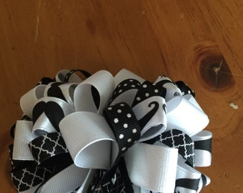 Black and white mustache bow