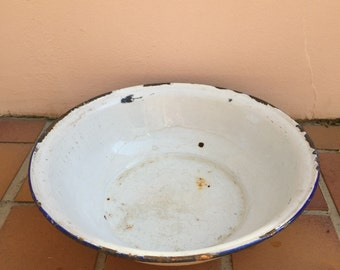 VINTAGE WHITE BLUE trim enamel porcelain basin wash bowl tub laundry dish