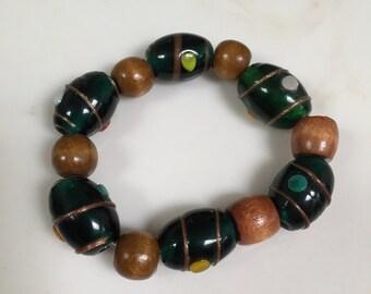 Brown & green stretchy bracelet