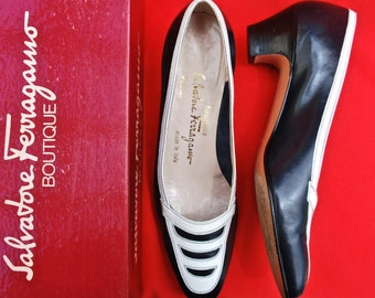 Ferragamo Women's Dress Shoes/Women's Navy Blue Leather Dress Shoes with White Trim/Block Heel Pumps/1970s Women's Shoes/Size 7-1/2 AAA