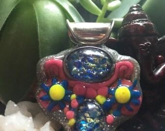 Glass flower pendent
