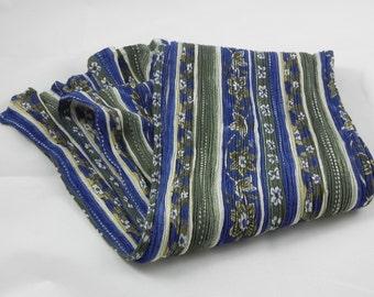 Flowered scarf