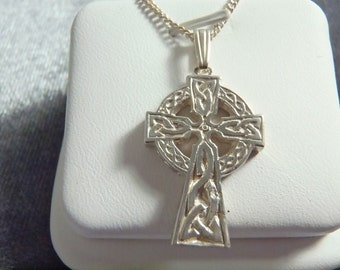 Sterling Silver Celtic Cross w/Chain RP22