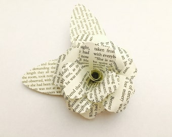 Book brooch brooch / Upcycling / badges / paper rose