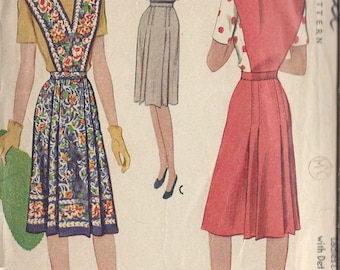 "1943 Vintage Sewing Pattern B34""-W28"" SKIRT & DETACHABLE BIB (89) McCall 5108"