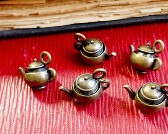 Teapot charms 5 antique bronze vintage style pendant charm jewellery supplies C8