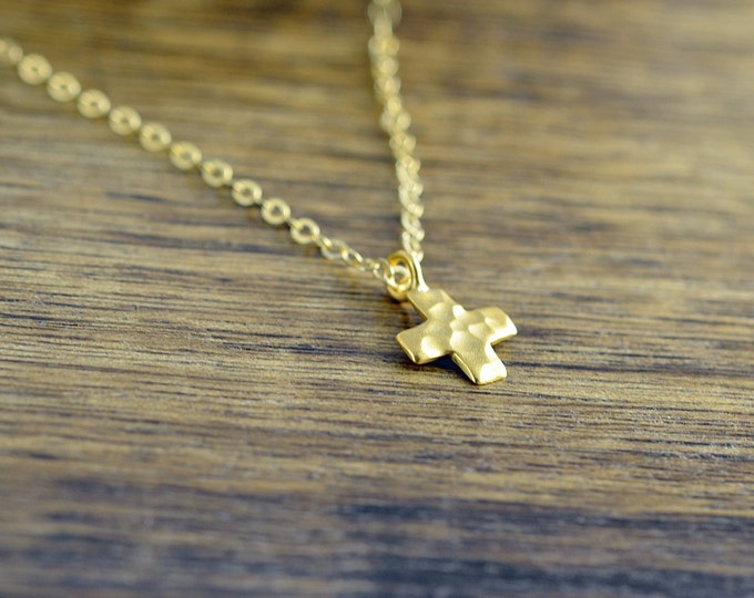 Gold Hammered Cross Necklace - Cross Necklace Women, Star Necklace, Cross Necklace, Protection Gift, Religious Gift
