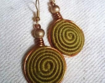 Vortex Yarn earrings - Olive Green