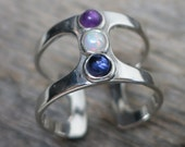 Saraesa ring ... cast sterling silver / openwork / opal, amethyst, sapphire / adjustable ring size 8