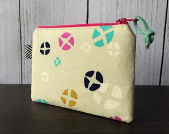 Mini Zip Pouch - Hot Cross Buns