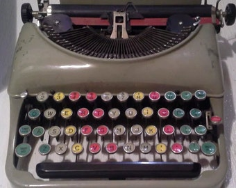 Remington 5 Teaching Typewriter Very Rare Colored Keys with Case