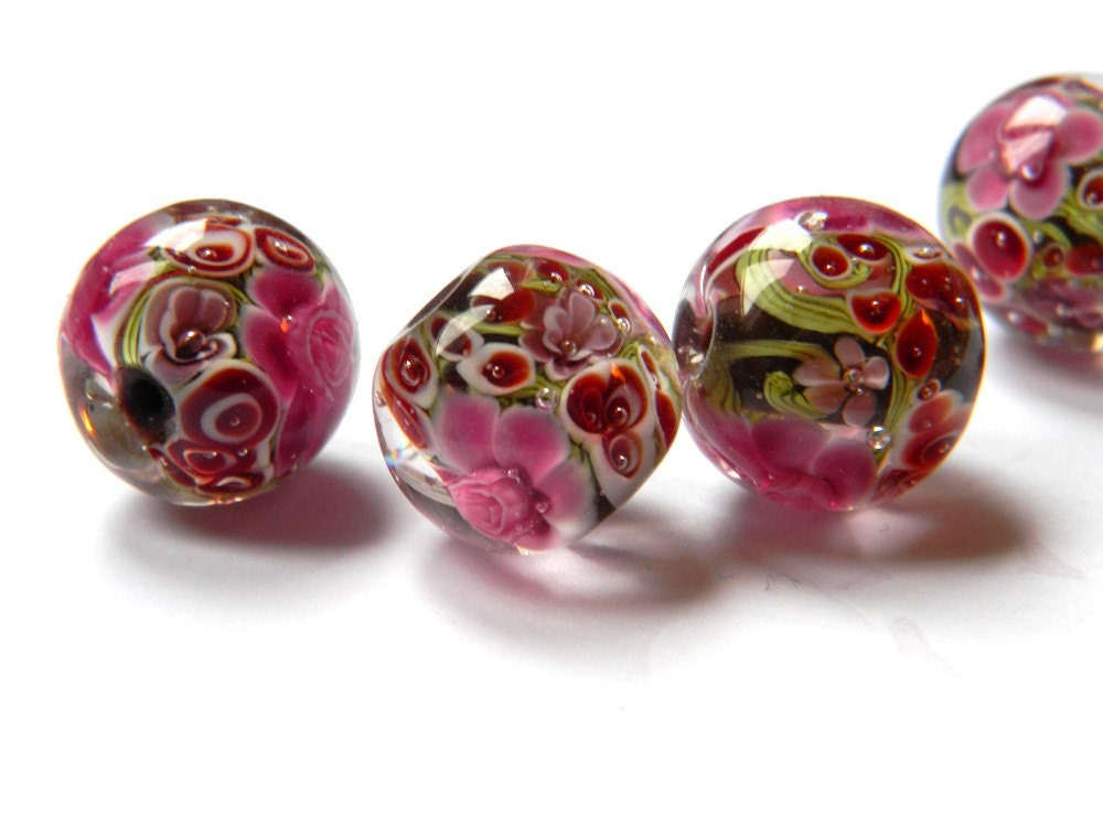 lampwork glass bead round red burgundy flowers with chocolate base fragrance cloud collection