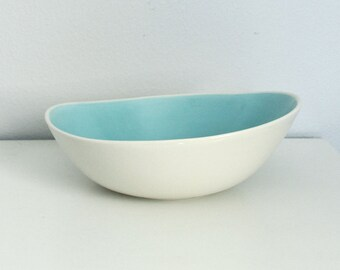 Abstract Porcelain Bowl - Wave Bowl in Blue - Modern Ceramic Serving Bowl - Contemporary Pottery Bowl in Blue - Asymmetrical Bowl