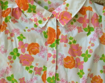 vintage flower power housecoat medium large