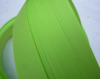 "3/4"" Weaving Star Paper~ Lime (50 strips)"