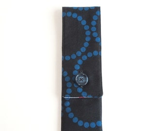 Knitting Needles and Tools Mini Case, 8 inches, Sock and Go - Pearl Bracelet in midnight