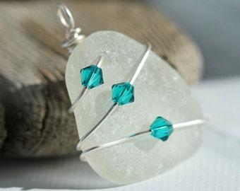 Sea Glass pendant - Sea glass jewelry - Bridal jewelry - Wire Wrapped pendant - Beach glass jewelry - Clear sea glass  - Under 25 gift