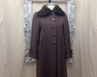 Fall sale 1940s chocolate brown coat 40s wool coat size medium Vintage 40s coat sheared beaver collar