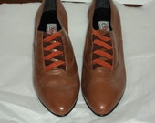 Vintage Brown Leather  Candie's Fashion Shoes Crisscross design Deadstock size 6