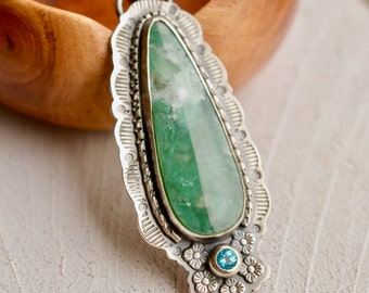 Natural Chalcedony Necklace with Hand Stamped Details, Green Chalcedony Pendant, Blue Topaz Gemstone, Boho Style Jewelry, 925 Silver