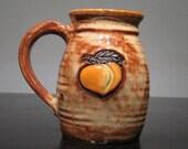 Peachy Mug  ....                                     e822