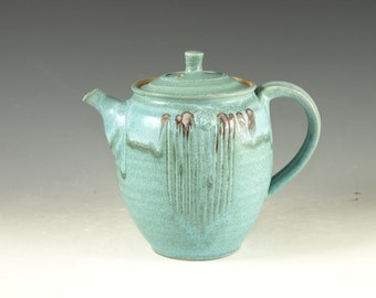 Pottery teapot in turquoise glaze 4.5cup  loose leaf