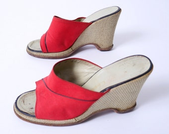 Vintage Christian DIOR 70s Open Toe Wedge Mules Red Canvas Burlap Heel 8W 8.5// 96