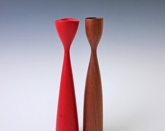 Pair of modern danish red and brown teak wood candlesticks - Denmark candle holders
