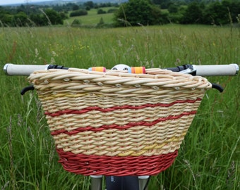 Stripy willow bicycle basket with matching velcro straps