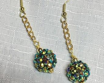 Handmade Beaded Free Moving Green Glitter Gold Plated Chain  Dangle Earrings #186