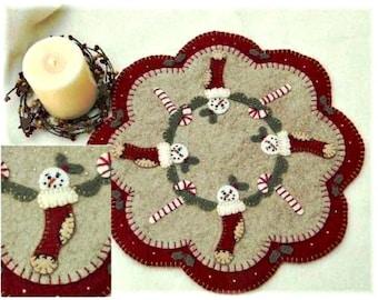 Candle Mat Kit, Penny Rug Kit, Wool Felt Kit, Christmas Stockings Candle Mat Kit, Prim Christmas Wool Felt Kit, Merino Wool Candle Mat Kit
