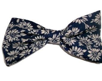 Blue Hair Bow, Fabric Bow , Navy Blue Hairbow , French Barrette Hair Bow , Large Hair Bow , Hair Bow Clip , Hair Bow Comb