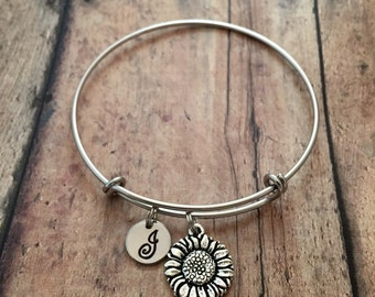 Sunflower initial bangle- sunflower jewelry, gardener bracelet, sunflower bracelet, gift for gardener, spring jewelry, flower bangle