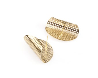 Half Circle Stud Earrings in 14K Gold Mesh