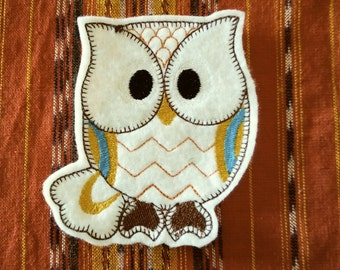 Retro owl iron on patch