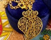 Heart of Viana small Portuguese pendant necklace