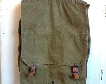 Strap Packs On Your Back... Vintage Kumfort Katahdin Pack Army Green Canvas Rucksack Duffle Bag Luggage Backpack Back Pack Tote