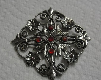 Silver Tone Flower Filigree Pink Rhinestone Brooch