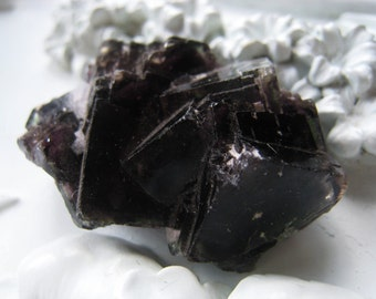 Gemstone Rough Fluorite Nugget Item No. 1323