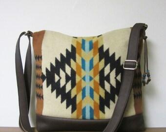 Wool Purse Shoulder Bag Messenger Brown Leather Adjustable Strap Wool from Pendleton Oregon