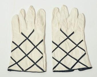 Vintage Cross Hatch Gloves