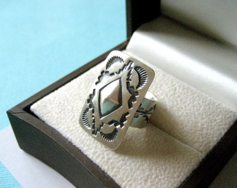 Navajo Old World Style Sterling Silver Concho Ring Size 5.75