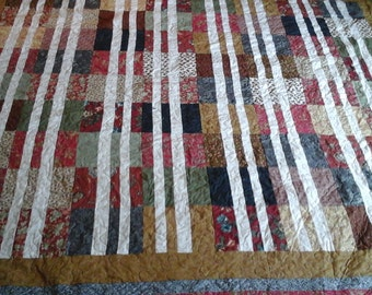 King size quilt in warm colors