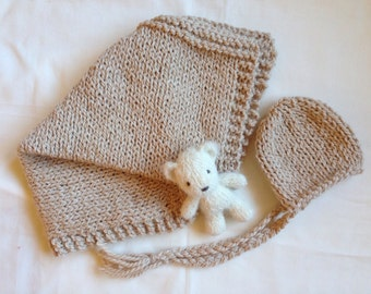 Ready to ship ...Newborn chunky bump blanket and chunky bonnet set