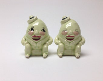 Vintage Salt and Pepper Shakers Ceramic Humpty Dumpty