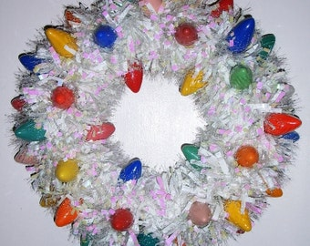 Iridescent Retro Wreath - Tinsel and Lightbulbs