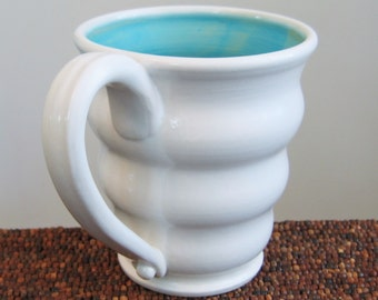 Large Beehive Coffee Mug in Turquoise Blue 18 oz. Pottery Stoneware Cup