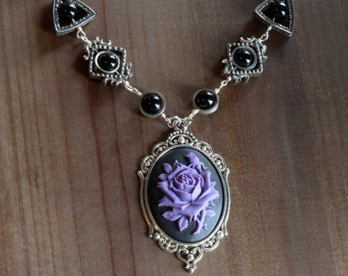 Jewelry - Necklace - Purple and Black Rose Cameo -  Black Onyx - Silver tone