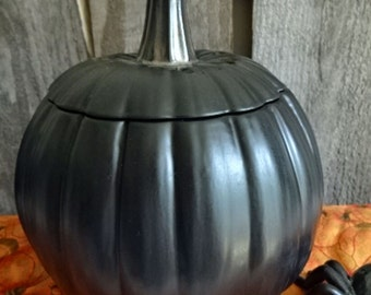 Ceramic Black Matte Pumpkin with shiny black stem on lid 7.5 inches